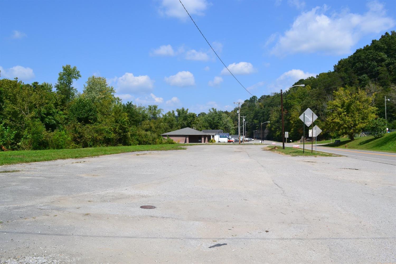 631 SW Highway 25, Williamsburg, KY 40769