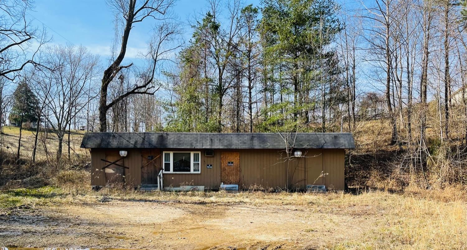 530 Highway 11 South, Beattyville, KY 41311