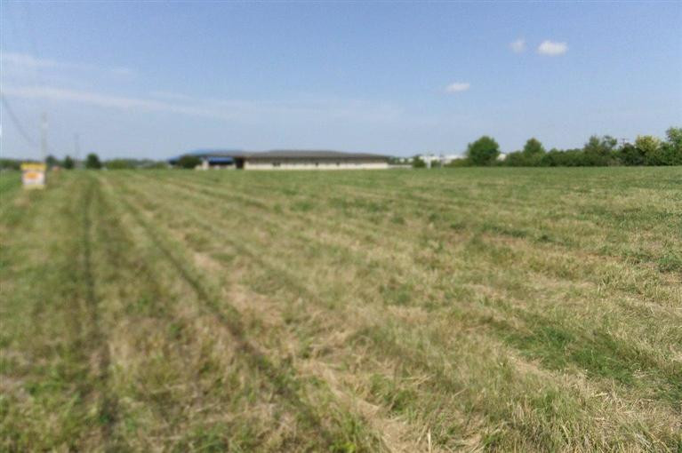 2 Shoppers, Winchester, KY 40391