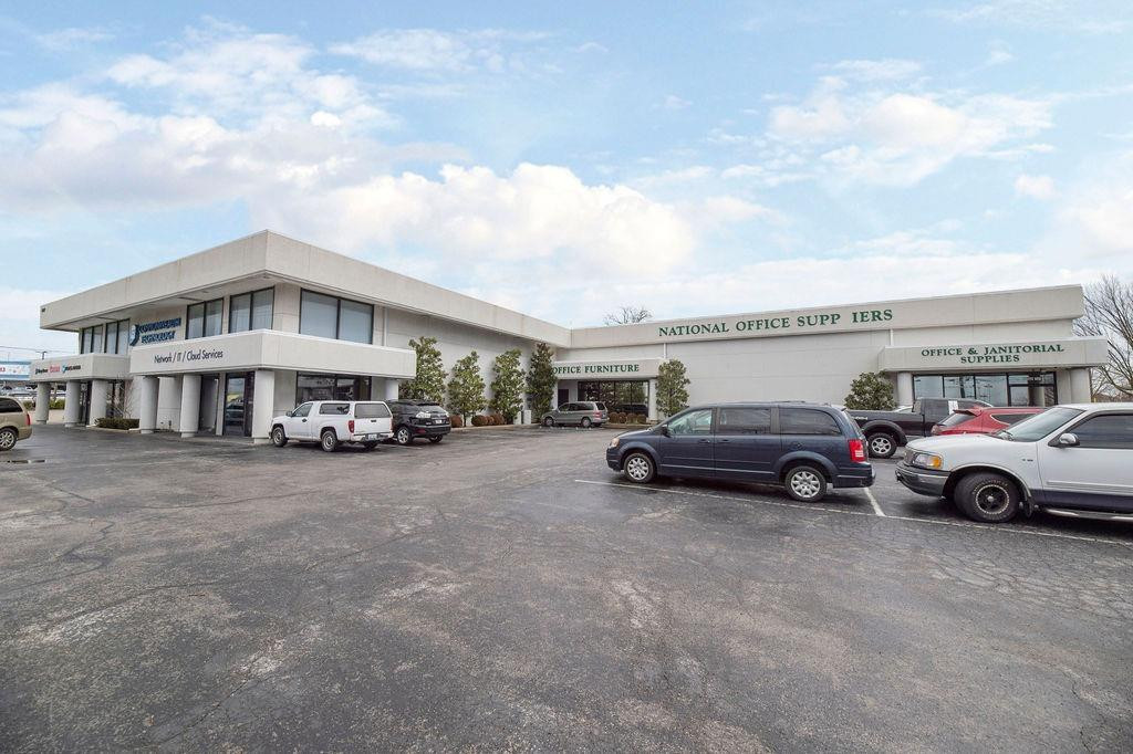 1263 E New Circle, Lexington, KY 40507