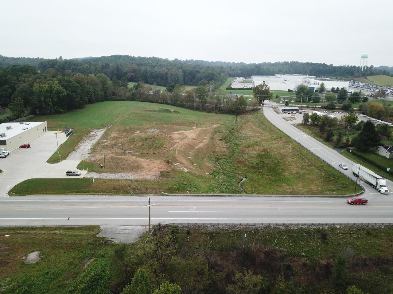 5709 S US Highway 25, Lily, KY 40740