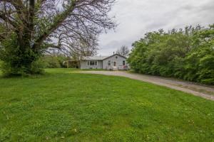208 Locust Heights, Nicholasville, KY 40356