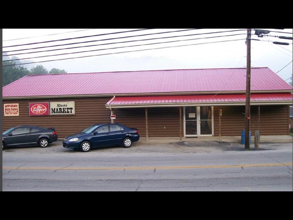 750 FAIRLANE DR, Vanceburg, KY 41179