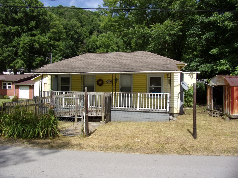 833 Highway 1601 Jones Creek Road, Evarts, KY 40828