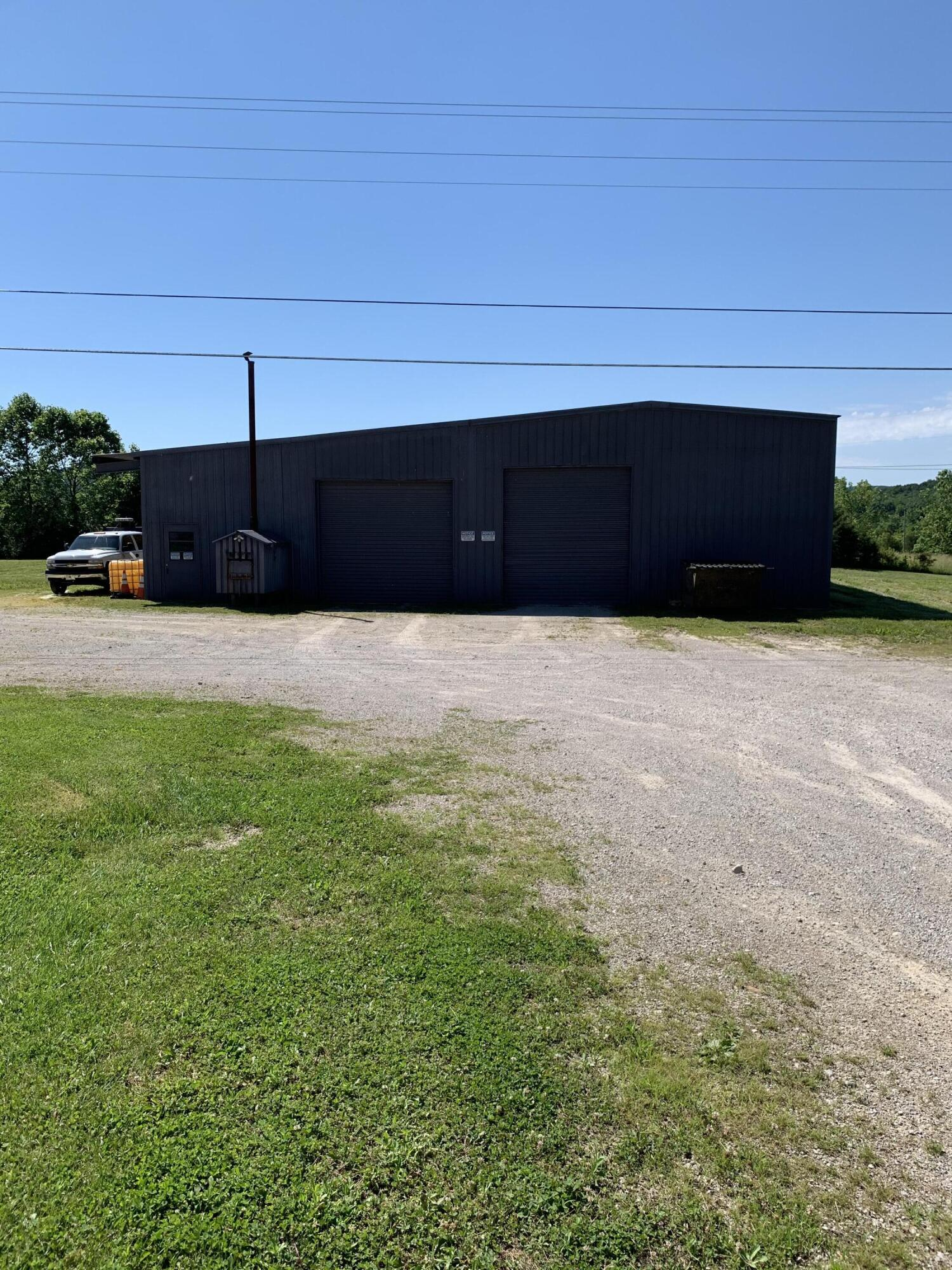 515 W KY 10, Tollesboro, KY 41189