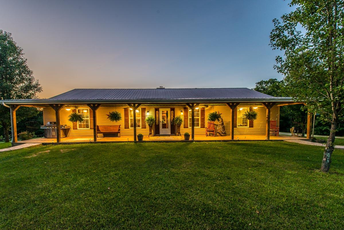 8040 W KY 1032 Highway, Berry, KY 41003