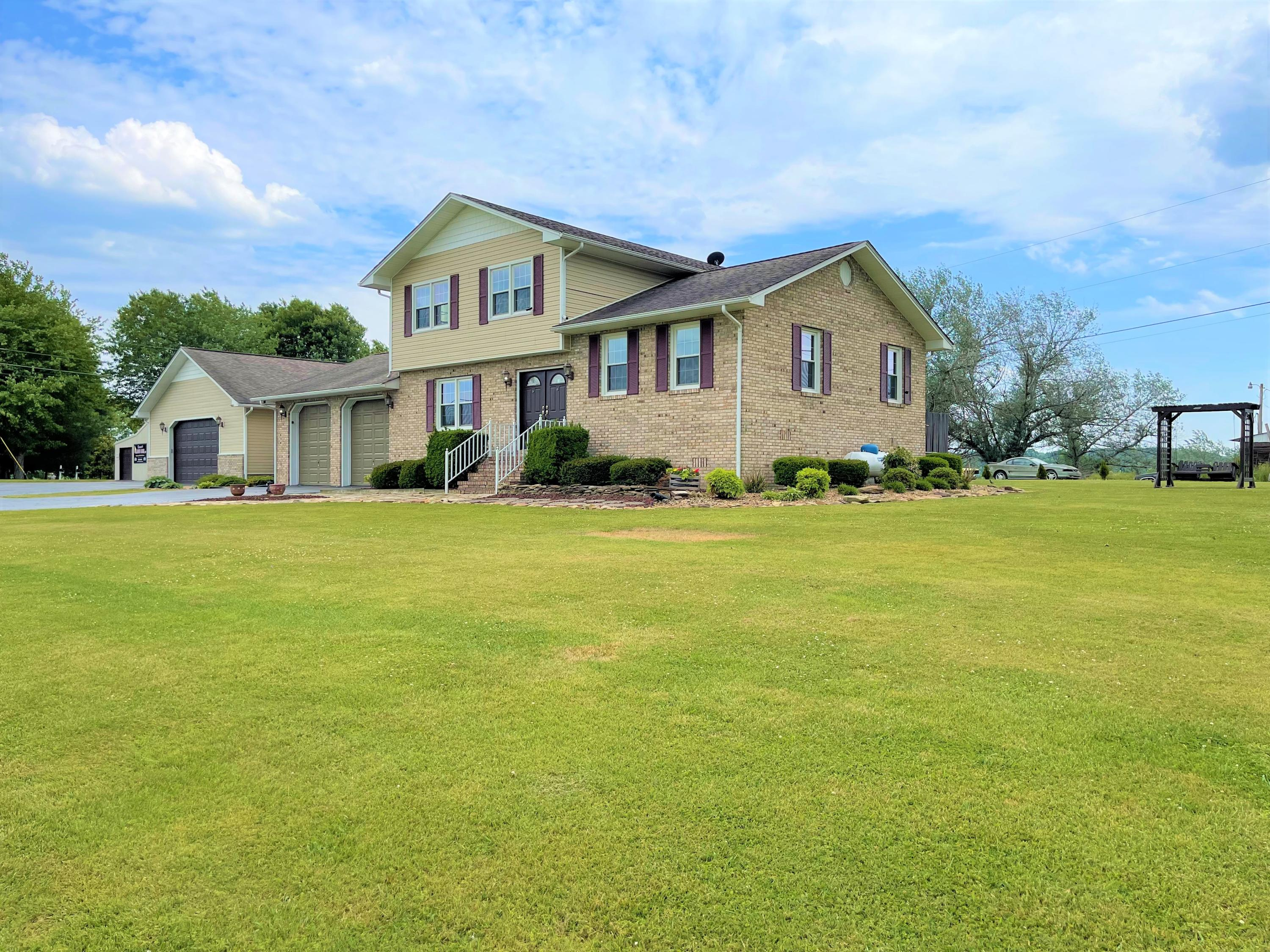 580 Smith Brewer, London, KY 40744