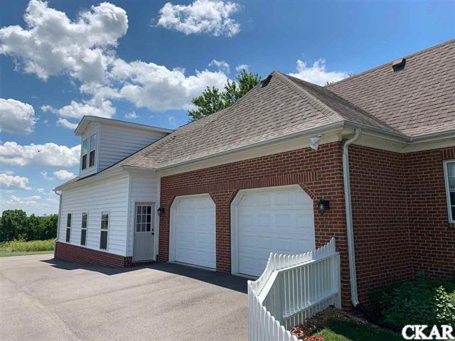 137 Colonial Way, Danville, KY 40422