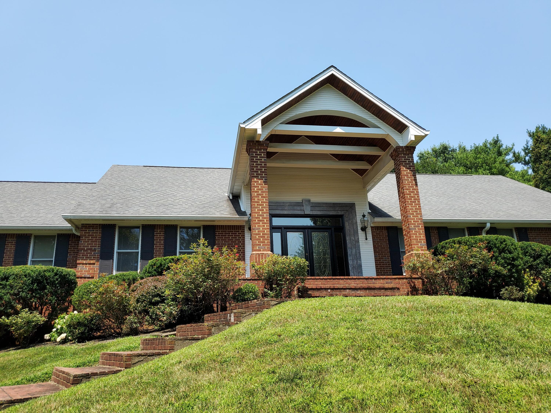 4701 Waterside Court, Lexington, KY 40513