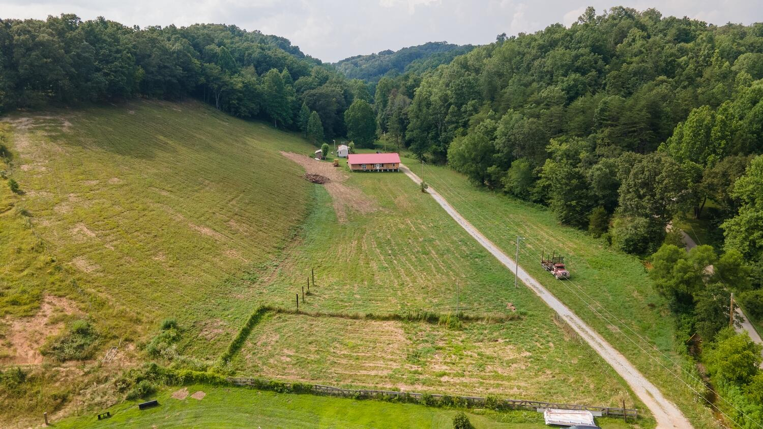 43 Smith Road, Annville, KY 40402