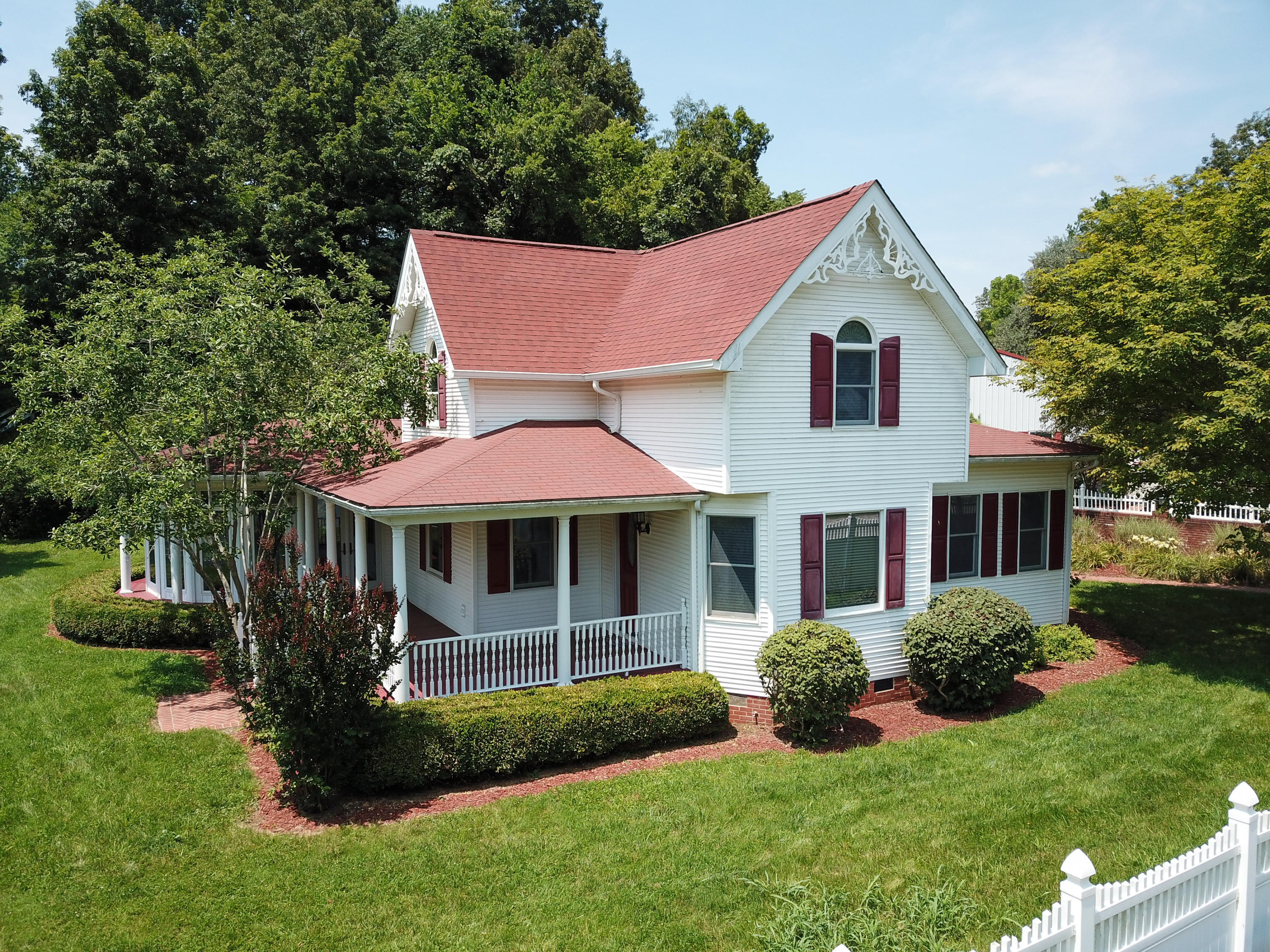5183 State Highway 2, Olive Hill, KY 41164