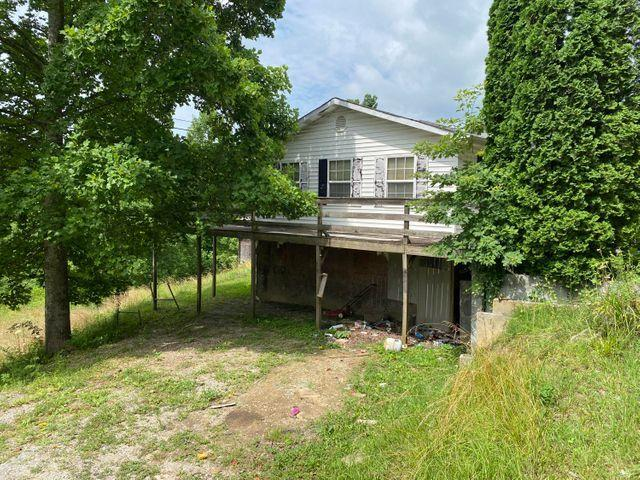 1556 Sandhill Road, Whitley City, KY 42653
