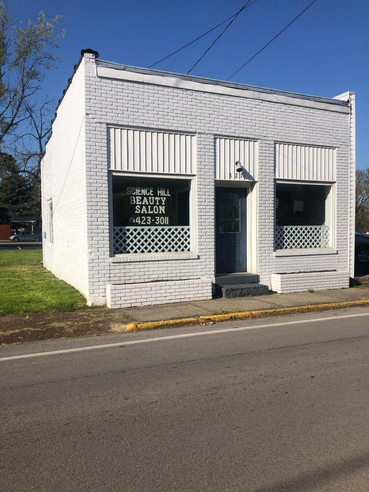 321 Main, Science Hill, KY 42553