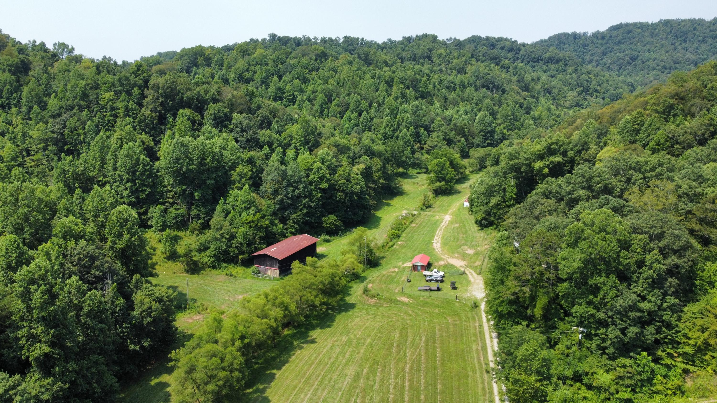 6043 Hwy  229, Barbourville, KY 40906