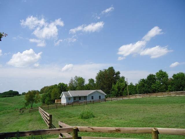 4901 Paynes Mill Road, Lexington, KY 40510
