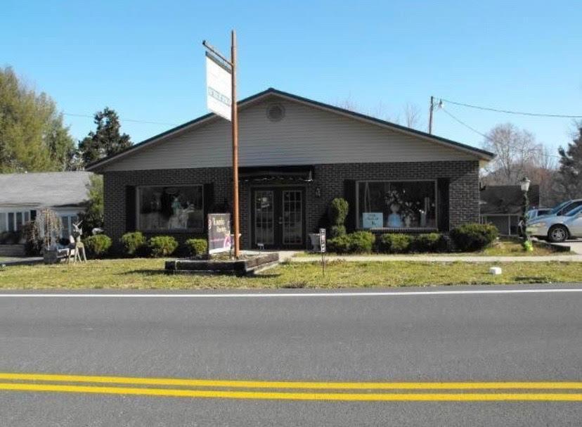 4994 Main, Clay City, KY 40312