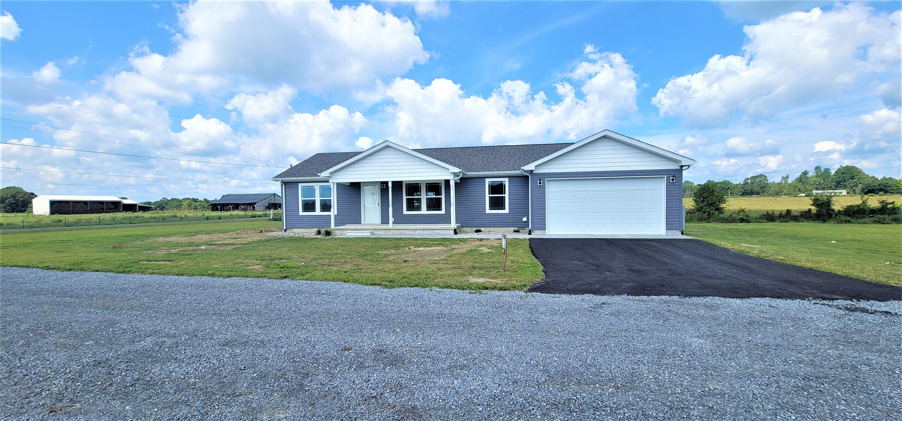 1 Village Drive, Russell Springs, KY 42642