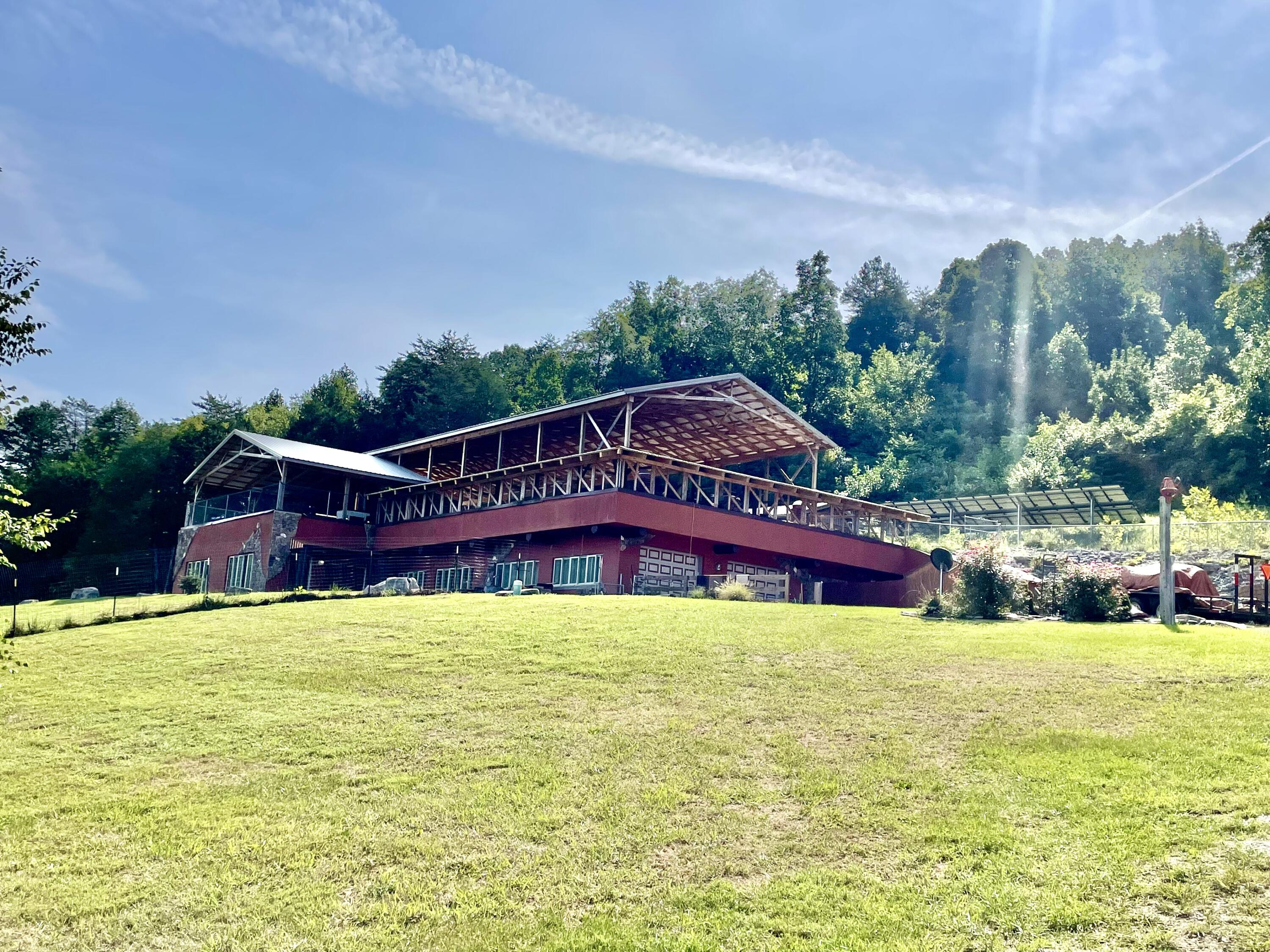 445 Red Barn Rd Road, Somerset, KY 42501