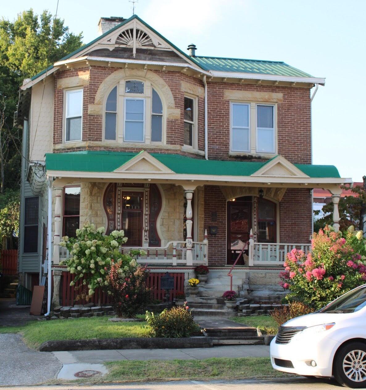 131 W Main Street, Mt Sterling, KY 40353
