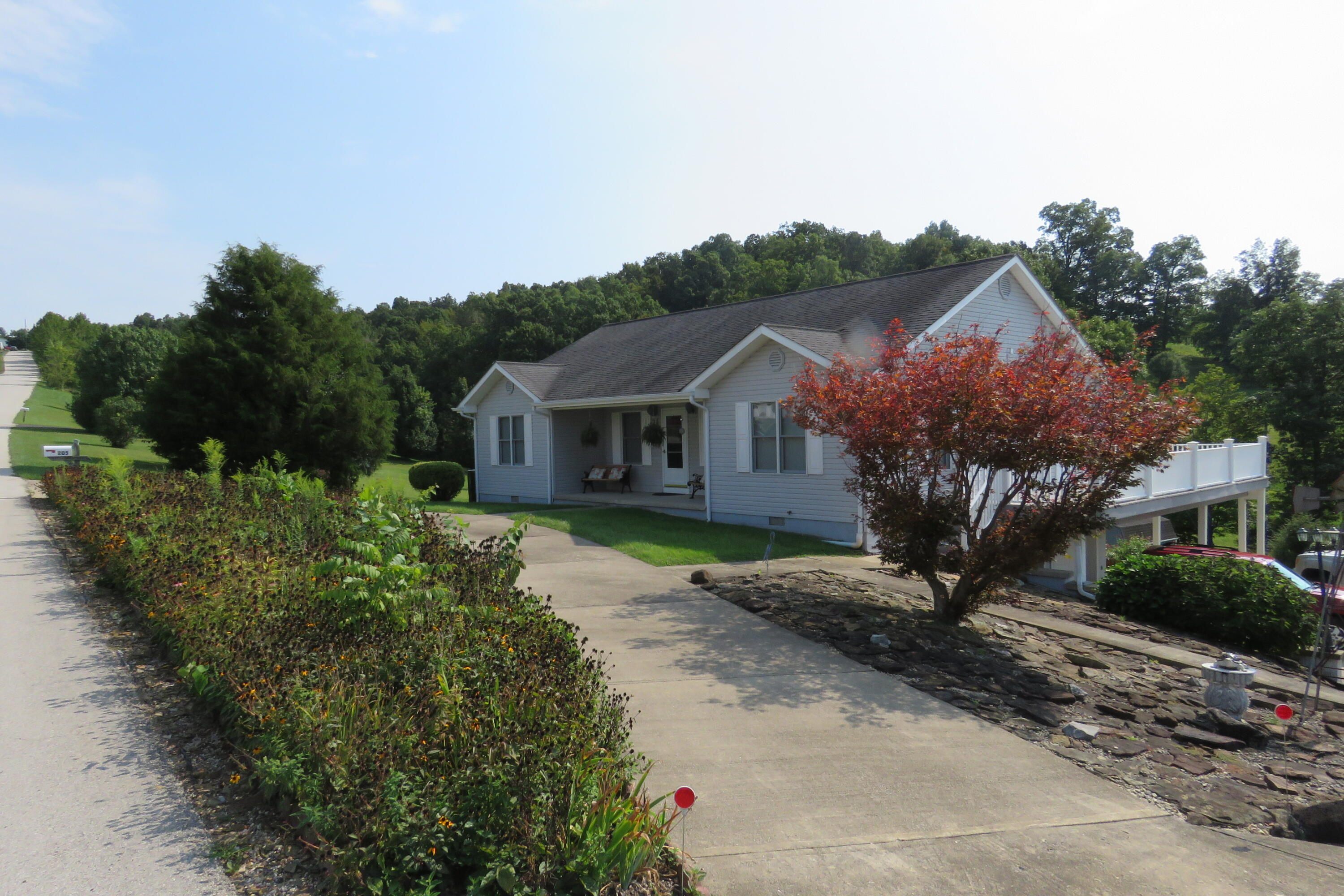 205 Woodhill Drive, Morehead, KY 40351