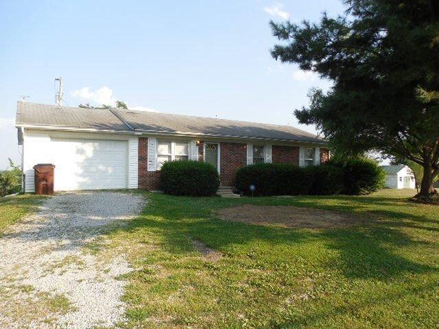 1660 Mt.Hebron Road, Lancaster, Kentucky 40444, 4 Bedrooms Bedrooms, ,1 BathroomBathrooms,Residential,For Sale,Mt.Hebron,20120291