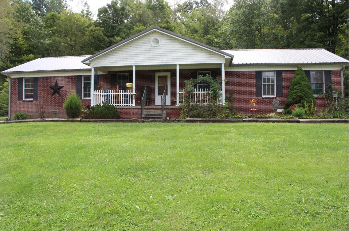 783 Freys Creek Road, Hustonville, KY 40437