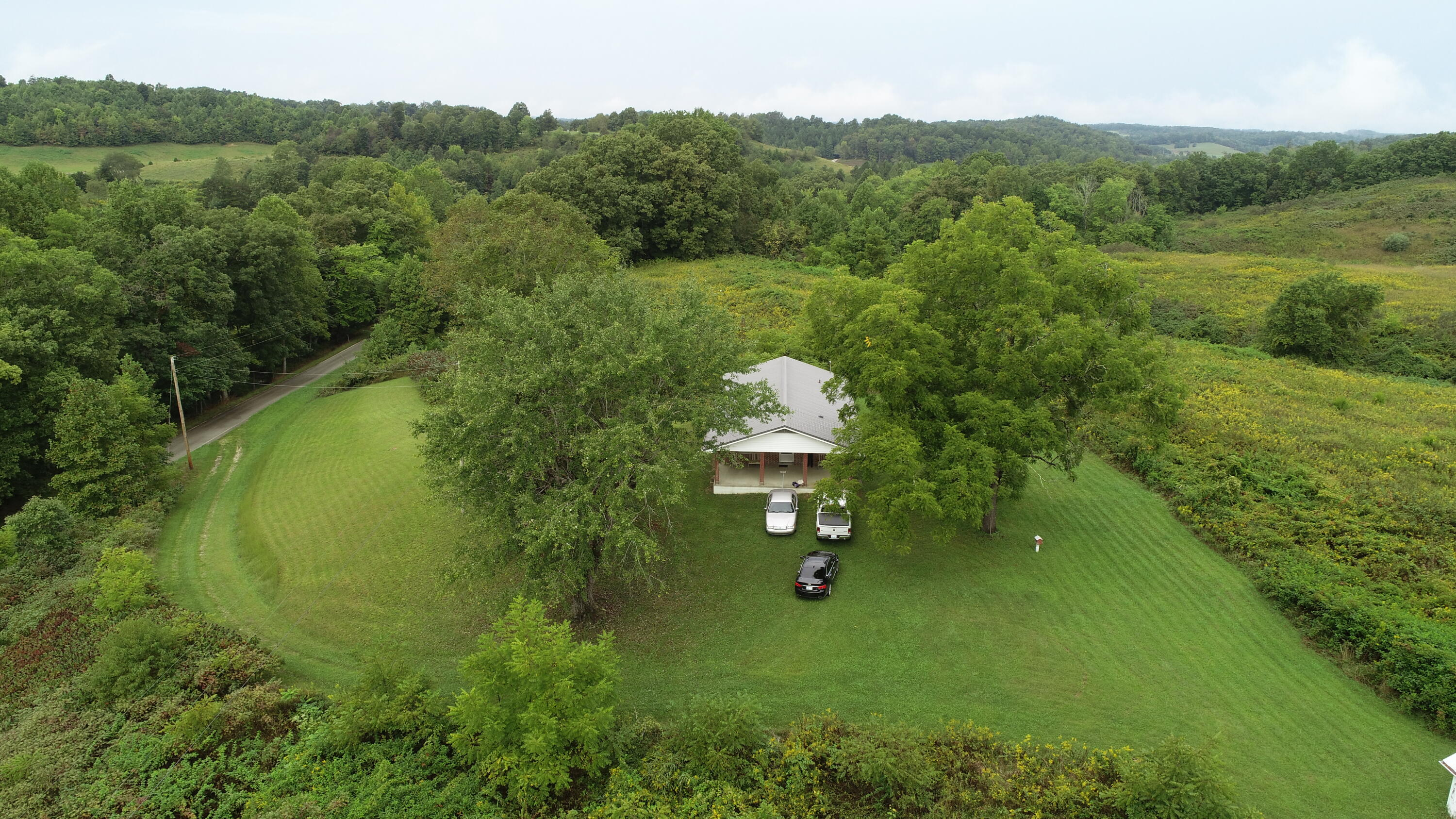 177 Hwy 1071, Green Hall, KY 40486