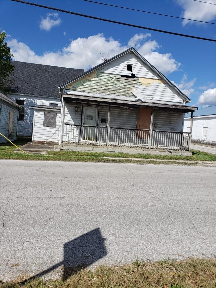 242 East Court Street Street, Lawrenceburg, Kentucky 40342, 2 Bedrooms Bedrooms, ,1 BathroomBathrooms,Residential,For Sale,East Court Street,20120662
