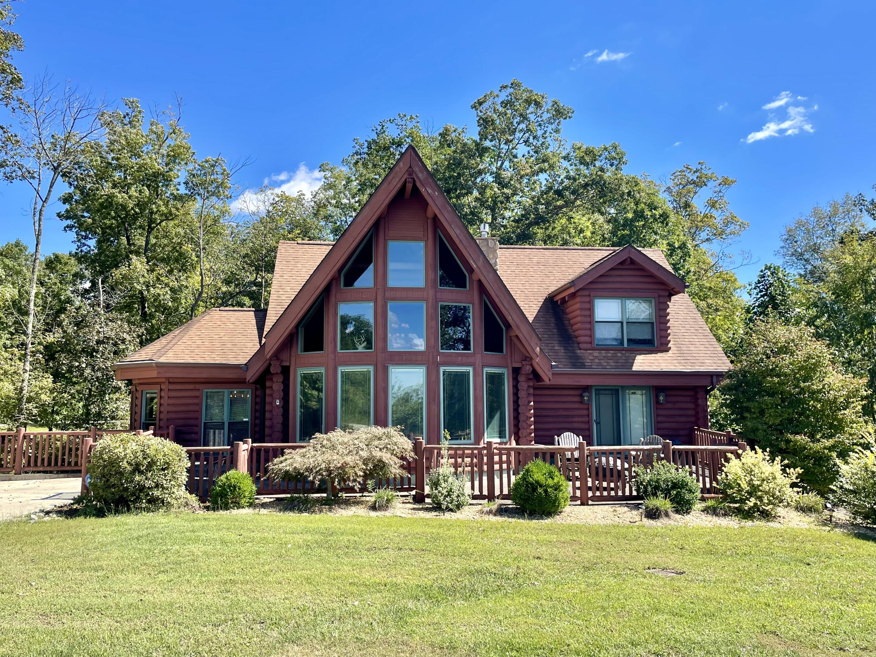 1147 Sandstone Point Trail, Monticello, KY 42633