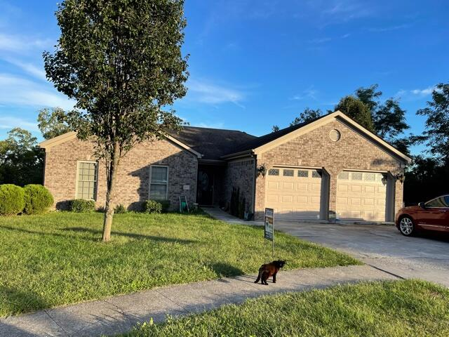 1077 Amberly Way, Richmond, Kentucky 40475, 6 Bedrooms Bedrooms, ,4 BathroomsBathrooms,Residential,For Sale,Amberly,20120819