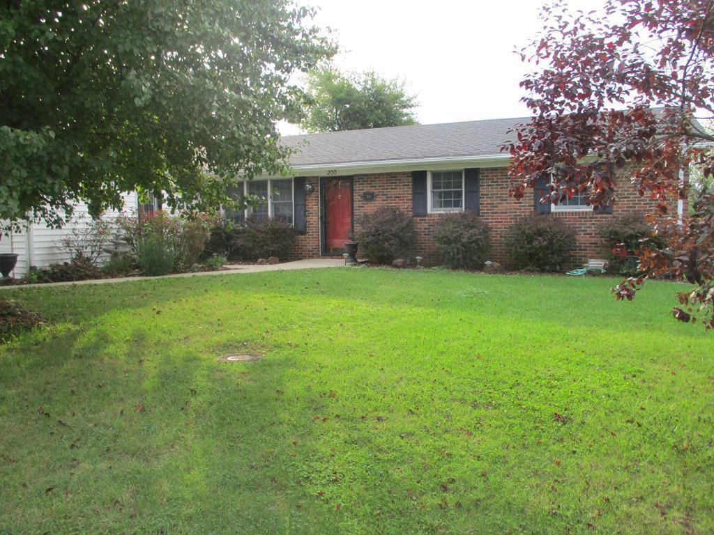 200 Highridge Drive, Flemingsburg, KY 41041