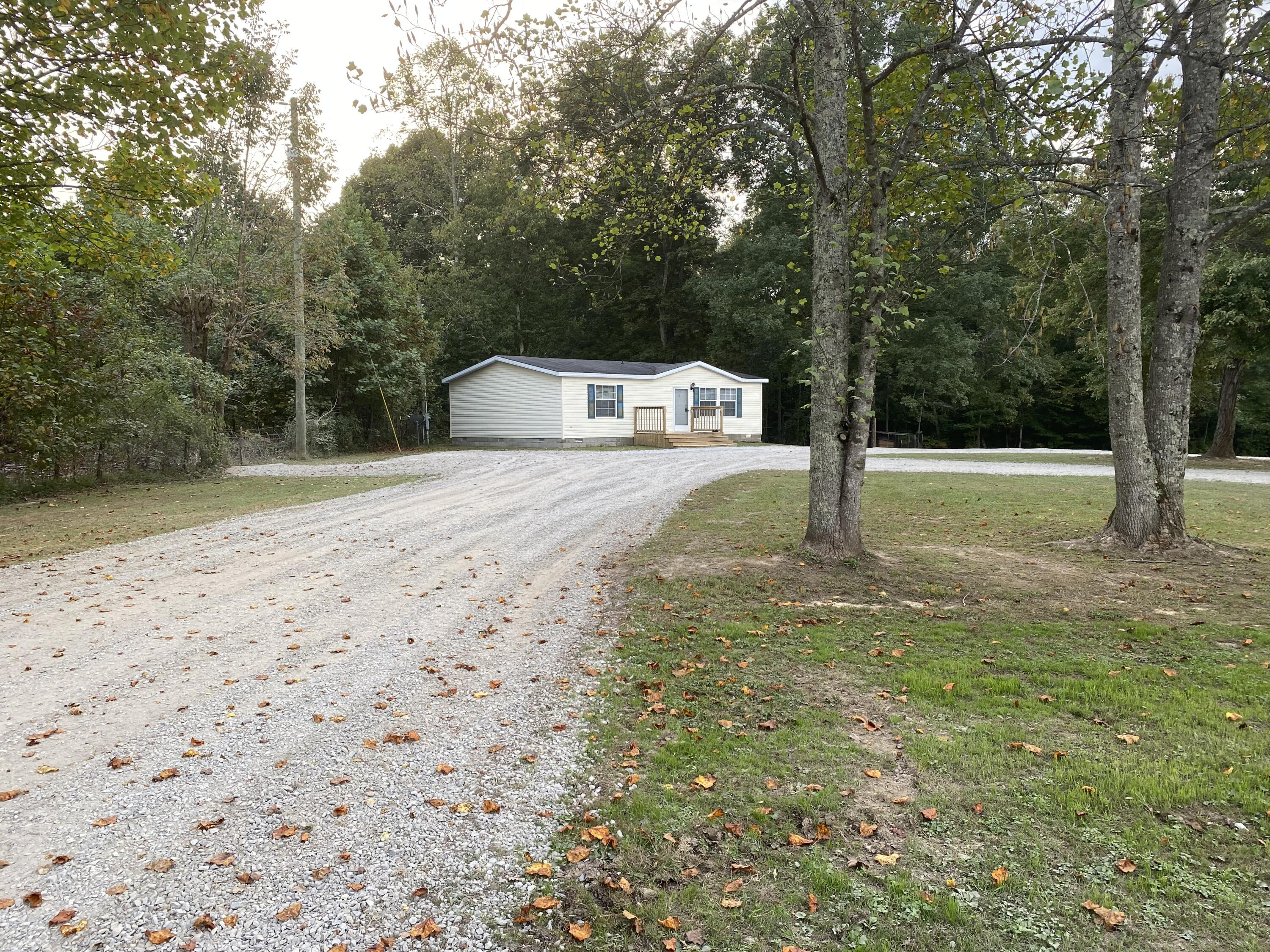 2985 KY 1729 B, Russell Springs, KY 42642