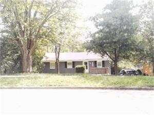 1499 Thames Drive, Lexington, KY 40517