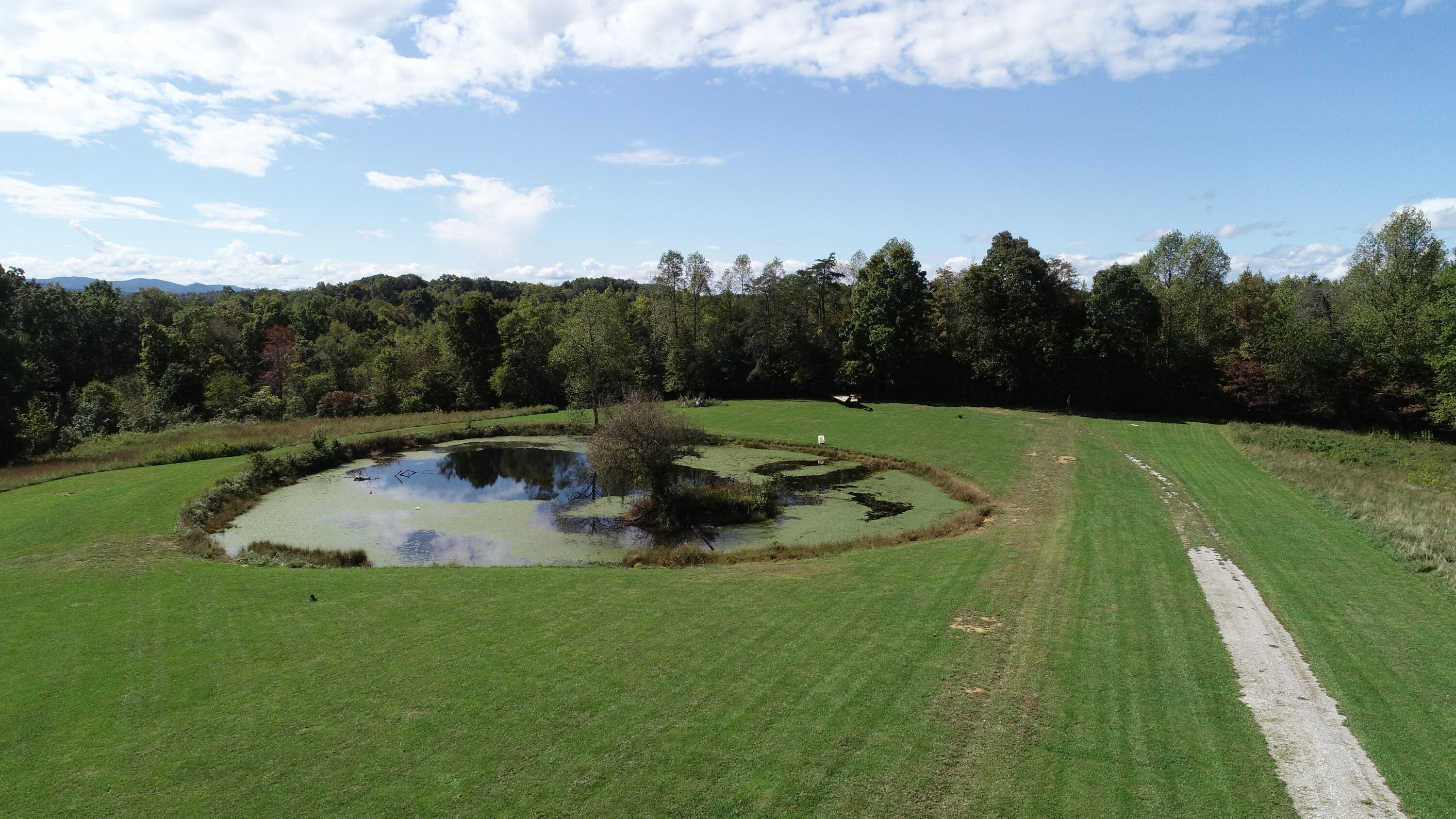 600 Red Fox Road, Williamsburg, KY 40769