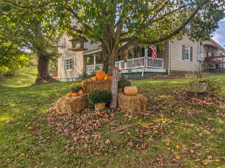 1541 Hammonds Creek Road, Lawrenceburg, KY 40342