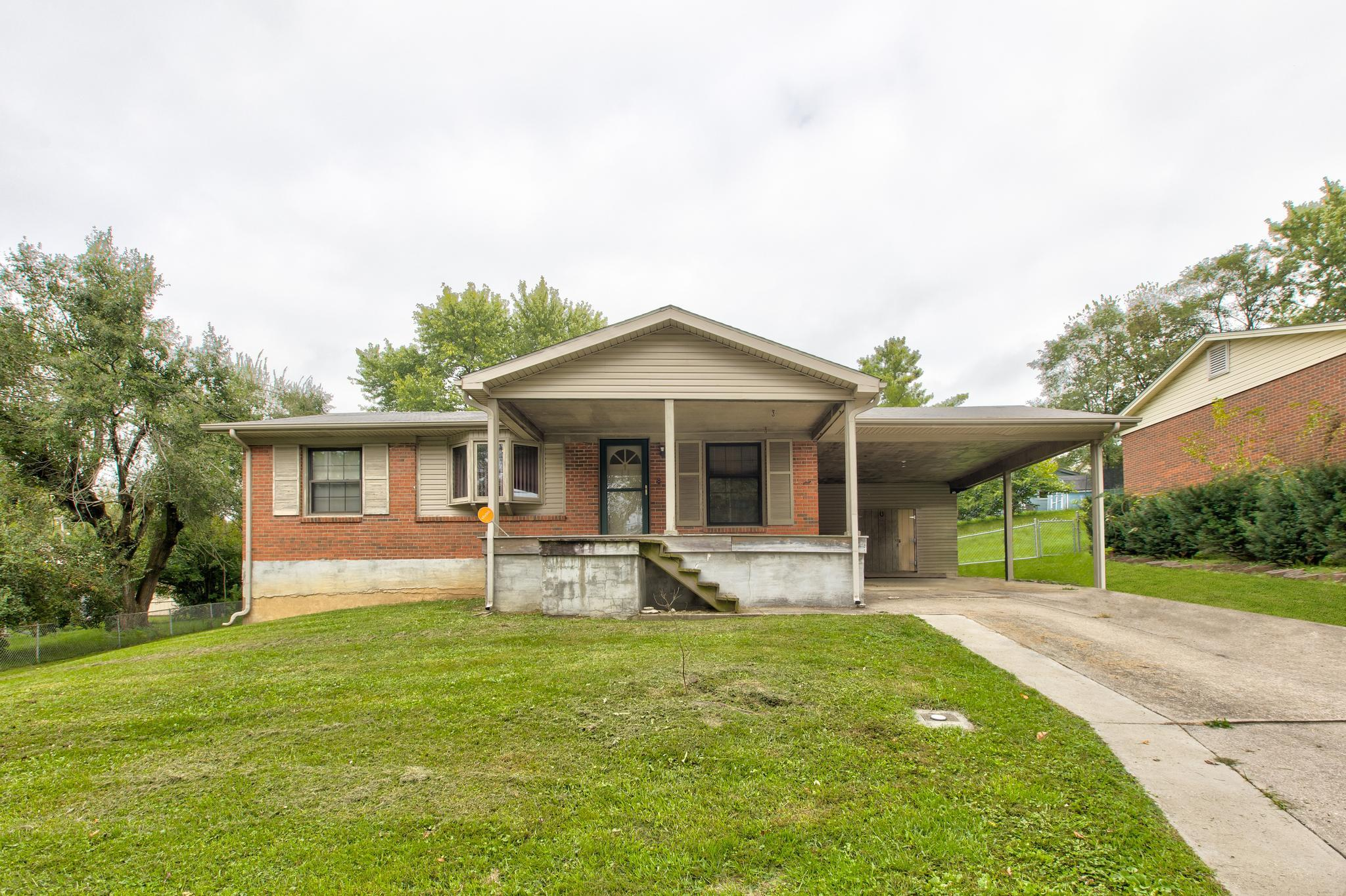1 Apache Trail, Winchester, KY 40391