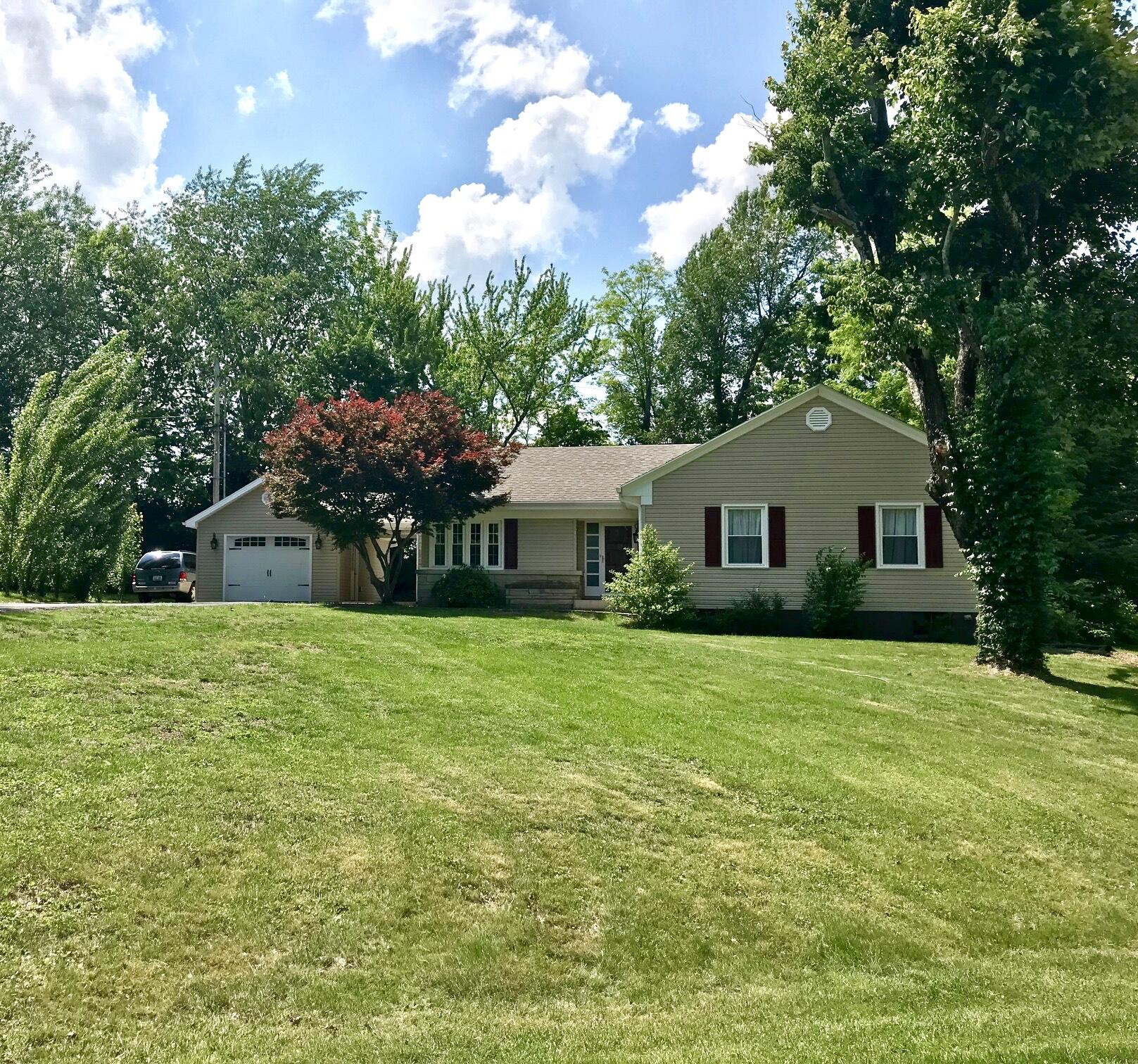 447 Boone Trail, Danville, KY 40422