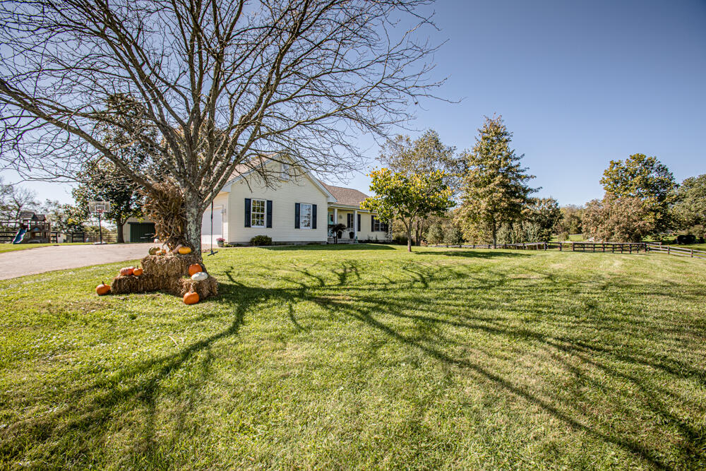 136 Thistle Way, Georgetown, KY 40324