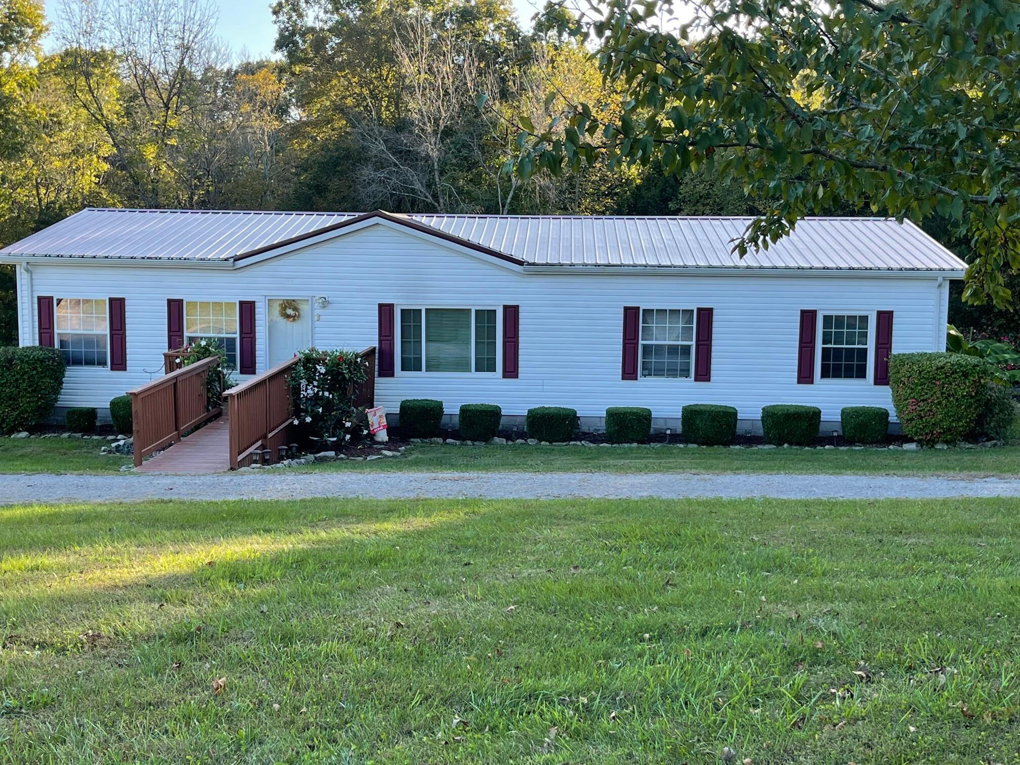 1007 Dutton Creek Road, Campbellsville, KY 42718
