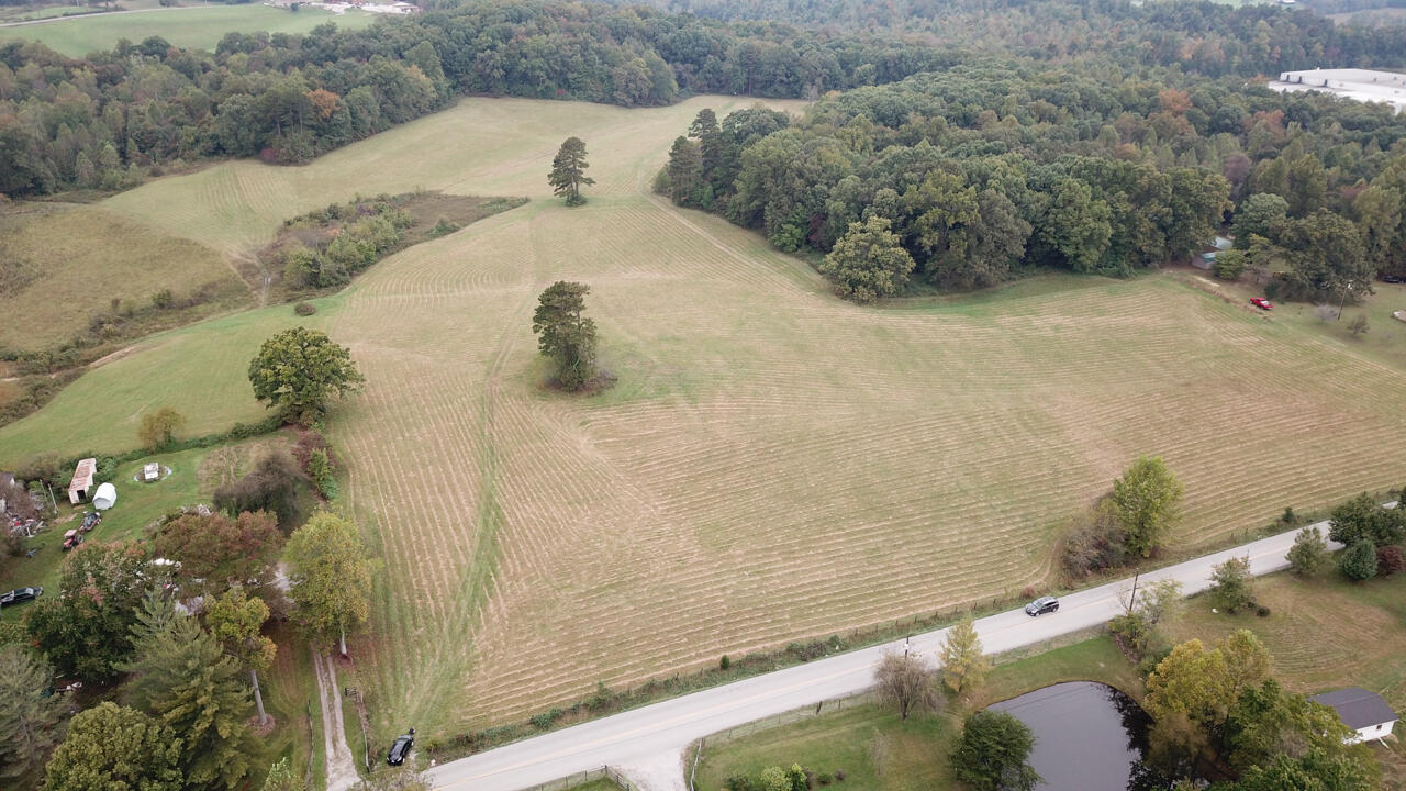 9999 E Highway 552, Lily, KY 40740