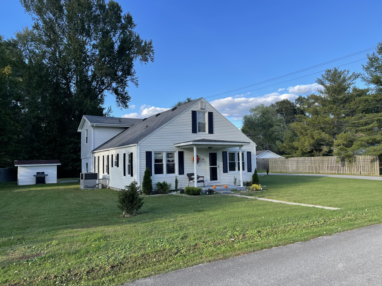 145 E Halls Road, Stanton, KY 40380