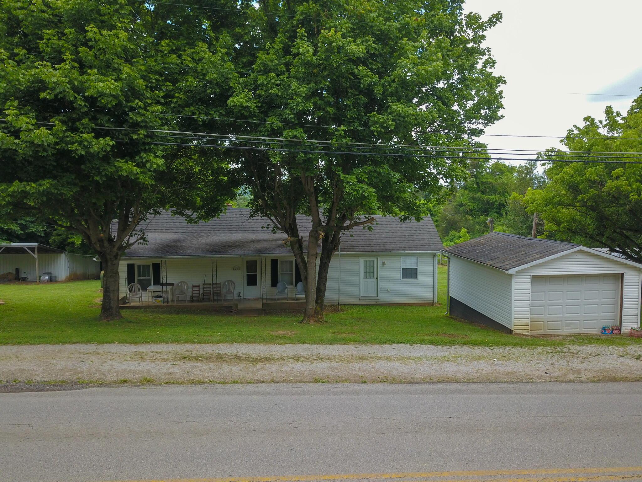 1434 Hwy 167, Monticello, Kentucky 42633, 4 Bedrooms Bedrooms, ,2 BathroomsBathrooms,Residential,For Sale,Hwy 167,20122868