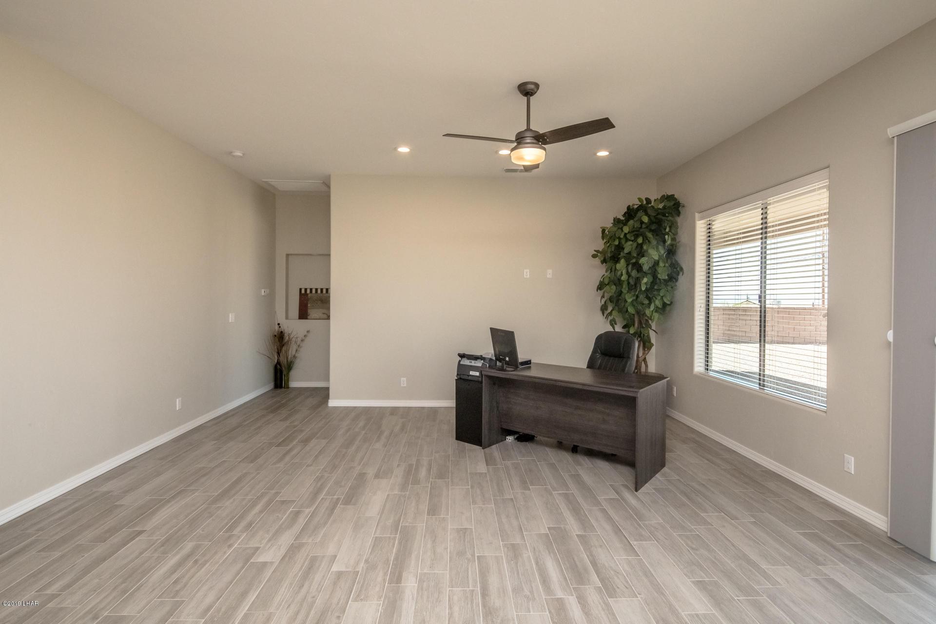 Listing photo id 8 for 1824 Bonita Rv Floor Plan