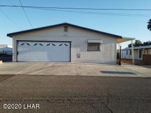 465 Bluewater Dr, Parker, AZ 85344