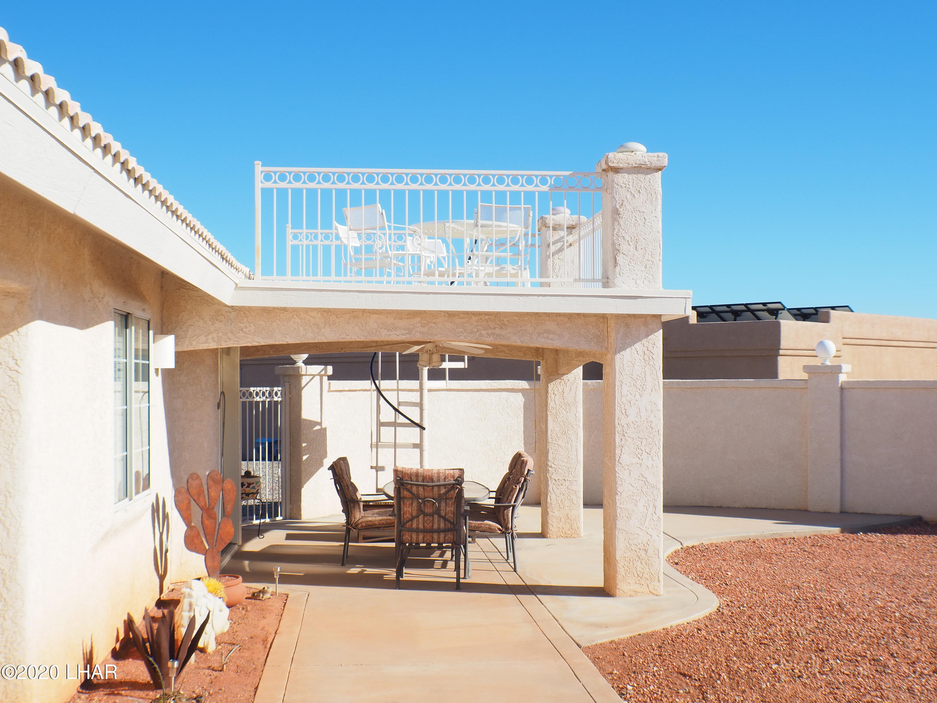 Listing photo id 10 for 3211 Sombrero