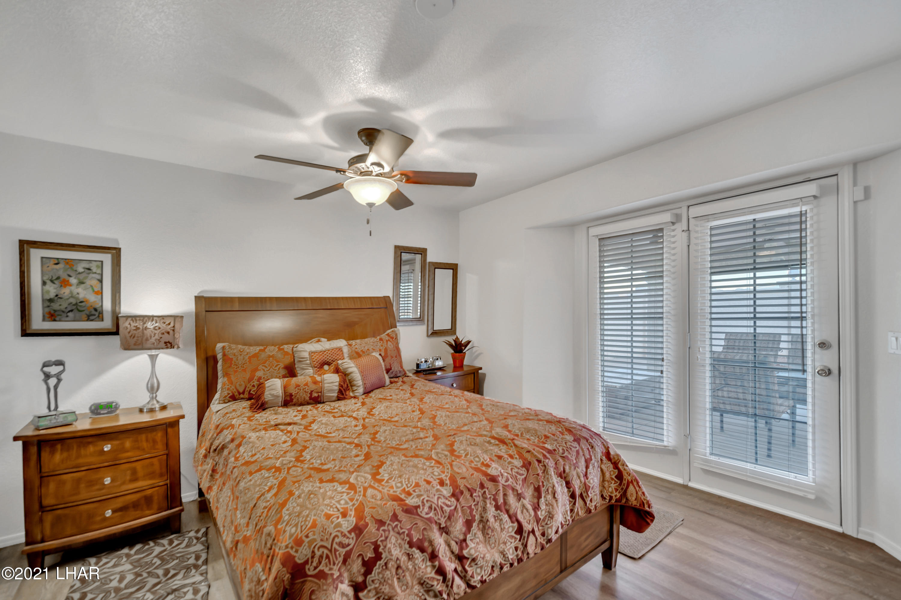 Listing photo id 29 for 3211 Sombrero