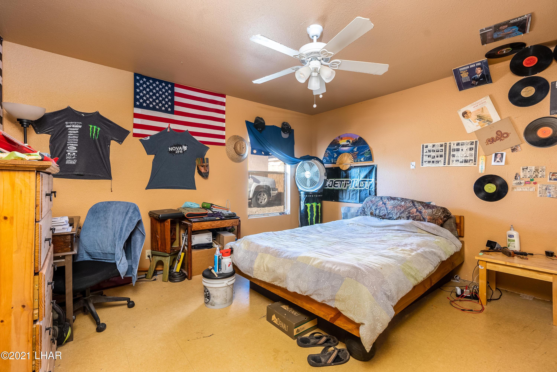 Listing photo id 13 for 154 Seminole
