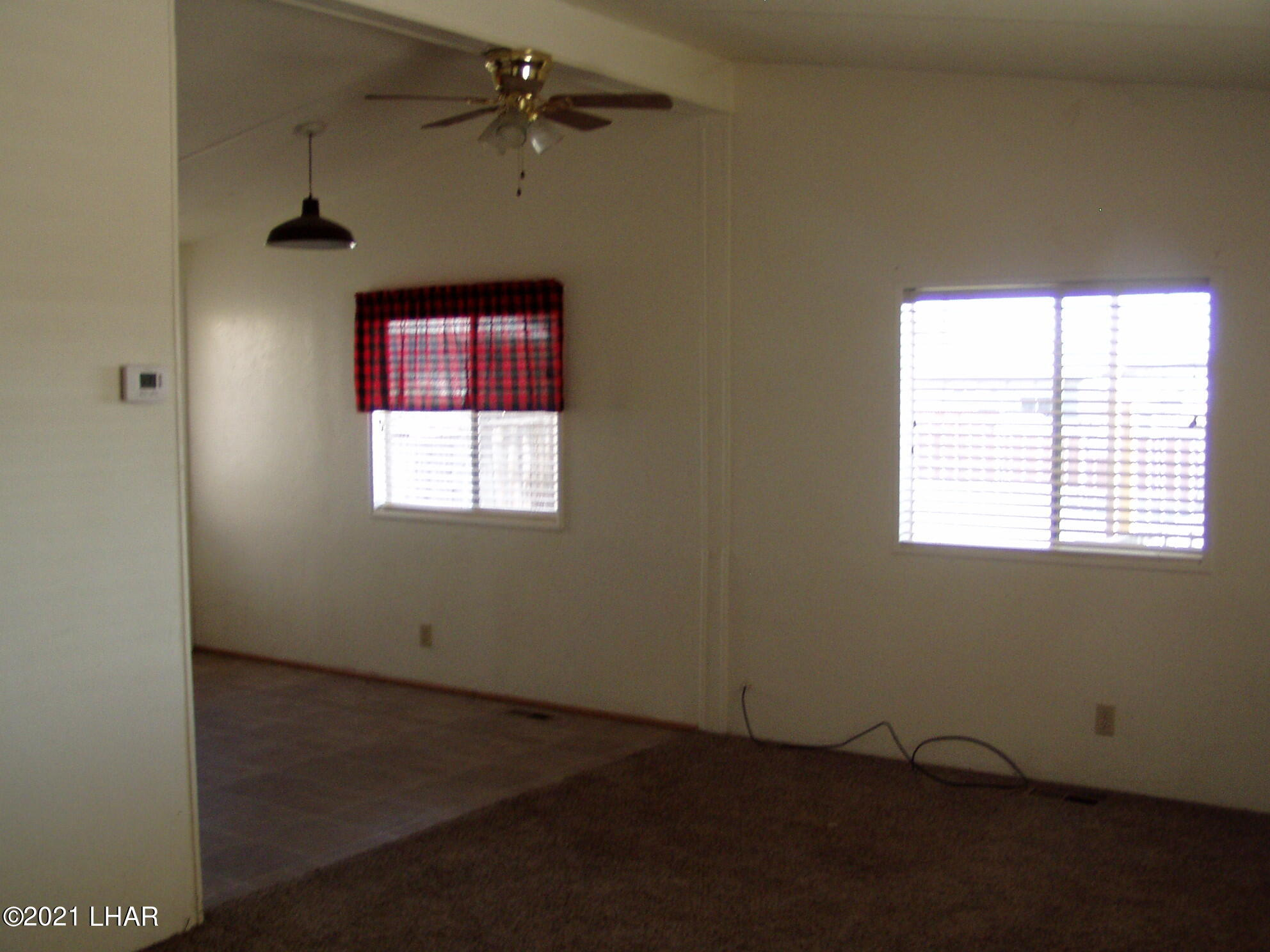 Listing photo id 14 for 10880 Admiral