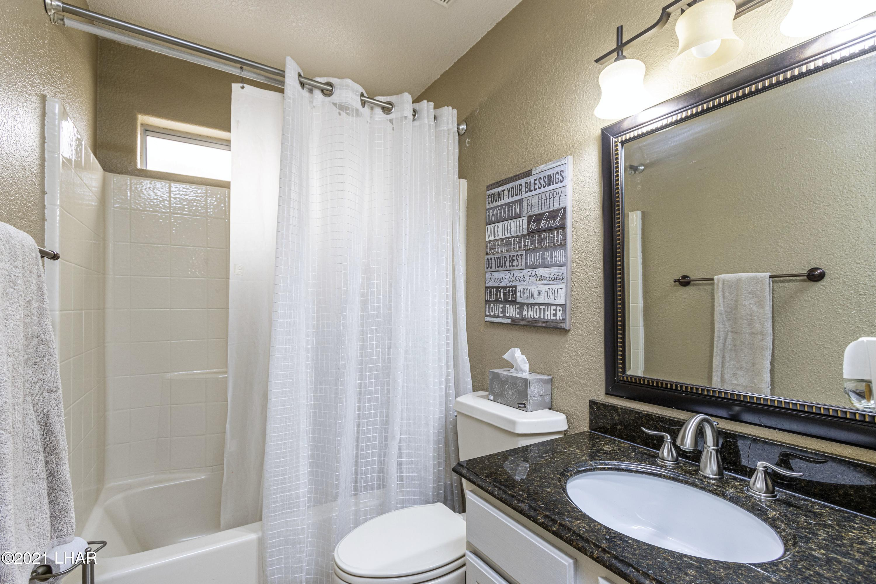 Listing photo id 21 for 3367 Bluegrass