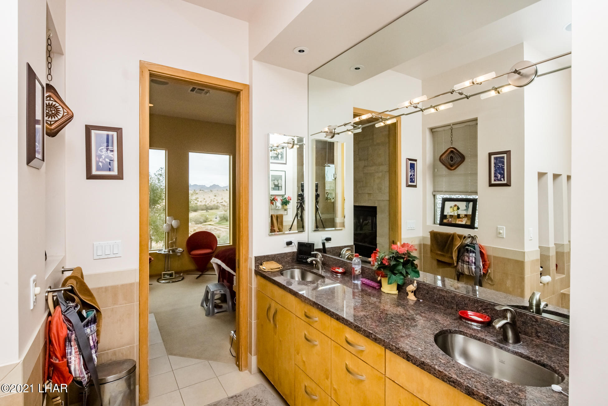 Listing photo id 26 for 3698 Winifred